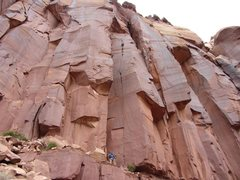 Rock Climbing Photo: holy crap this route has a lot of hand jams...