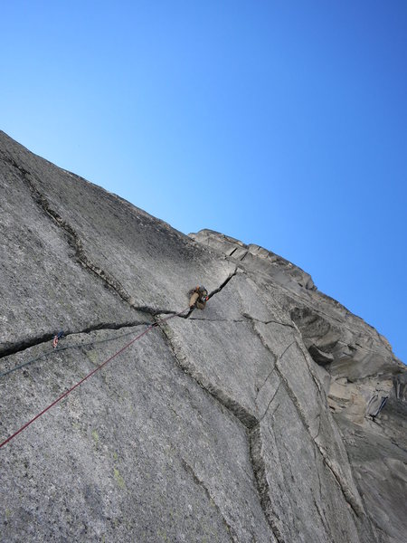 Rock Climbing Photo: The pitch 2 offwidth.