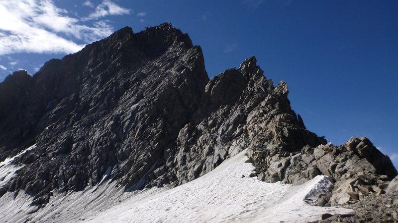 Rock Climbing Photo: Looking up at the NE face.
