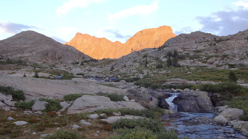 Alpenglow on Ellingwood and Elephant Head.
