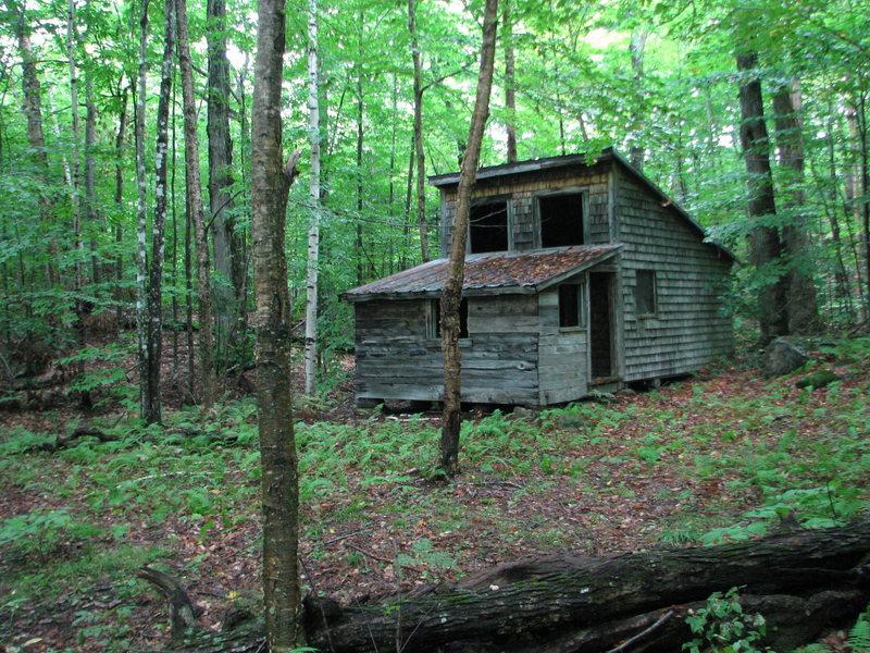 Rock Climbing Photo: The old sugar shack, Sugar Maple Grove Boulders, H...