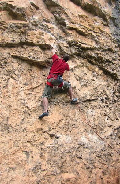 Rock Climbing Photo: Rich starting up Cardinal Sin (5.12a).