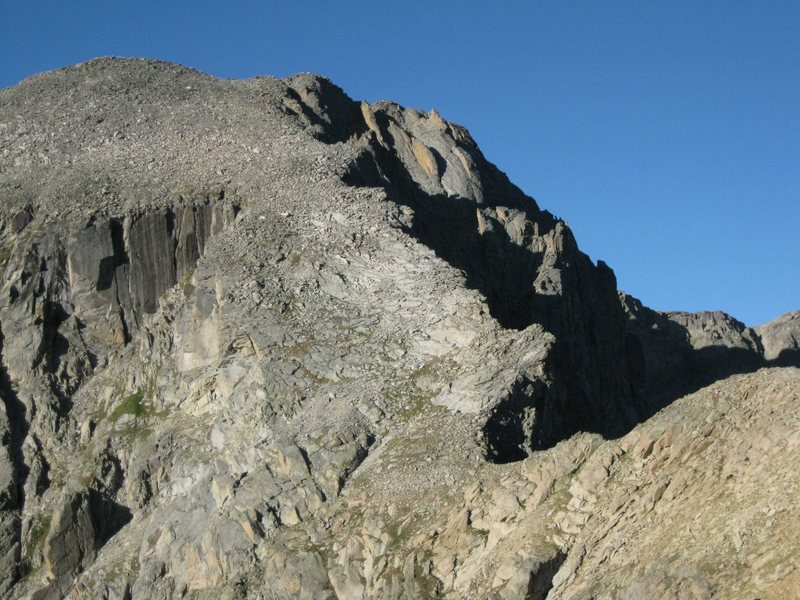 A view of the Hourglass Ridge from The Divide saddle between Mt. Alice and Chiefshead.