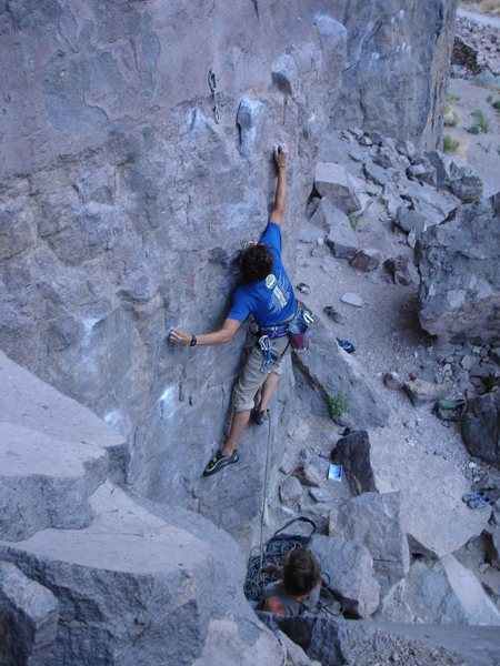 pulling first moves on a fun 10a in Owens River Gorge called Nirvana