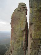 Rock Climbing Photo: Right. Man-Chimpster United. (starts in gap) Middl...