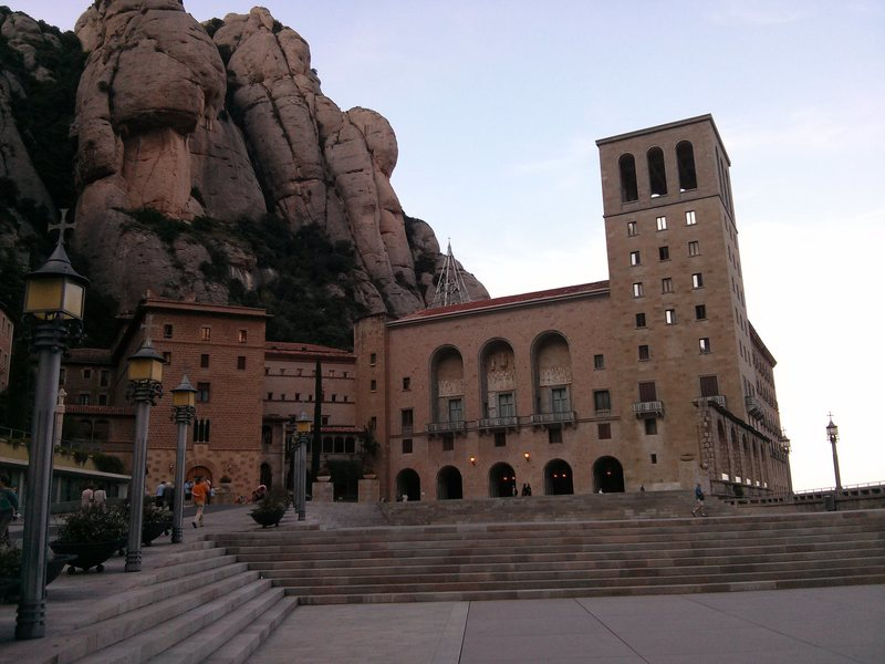 The absolutely stunning monastery of Montserrat, peep the beautiful cobble behind the building.