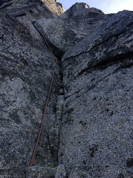 Rock Climbing Photo: The 5.8 lieback pitch of the Great Gendarme