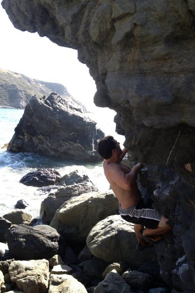 Rock Climbing Photo: Ryan Valle on Monsters of the deep. V0.