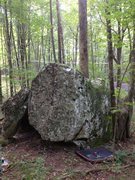Rock Climbing Photo: Henry Boulder with pad located just under Effie V0...