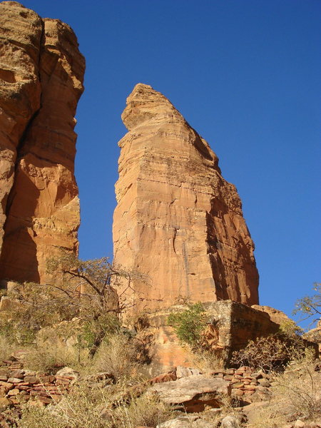 Rock Climbing Photo: The foreshortened South Face of The Sharp One