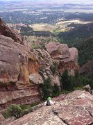 Rock Climbing Photo: Scrambling high over Boulder on Angel's Way, Skunk...