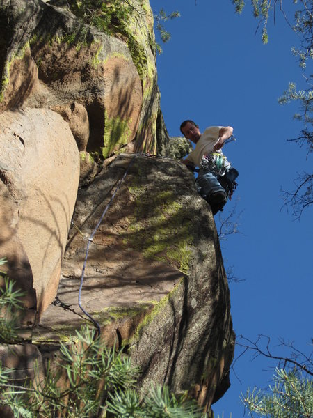 Matt Bogar on the onsight FA of Reach Around, 5.9.