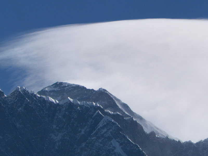 Cloud over the SE ridge. Mt Everest<br>