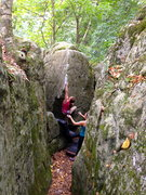 Rock Climbing Photo: Pinching the spine