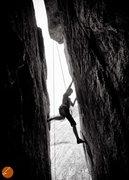 Rock Climbing Photo: Bat Roof (Great Chimney)