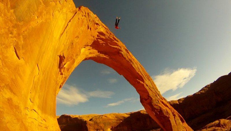 Rope-swinging on Corona Arch