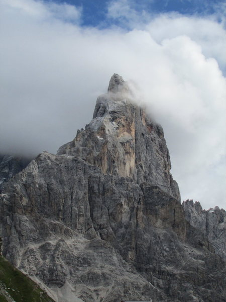 Cimone della Pala. One of the few times I've actually seen the summit! The Pala Group is very prone to cloudiness.