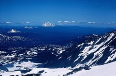 Rock Climbing Photo: On the summit of Middle Sister, looking N to Mt Wa...