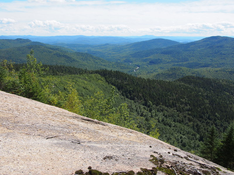 Rock Climbing Photo: View to the So. East including Albany Covered Brid...