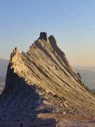 Rock Climbing Photo: North ridge of Matthes Crest