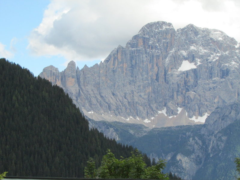 This photo includes the central section and North towards Torre di Valgrande.