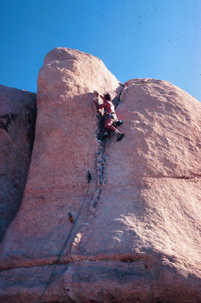Rock Climbing Photo: Pinched Rib, Joshua Tree, CA 1982