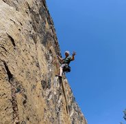Rock Climbing Photo: Mike Arechiga on, House Of Cards,5.10b.