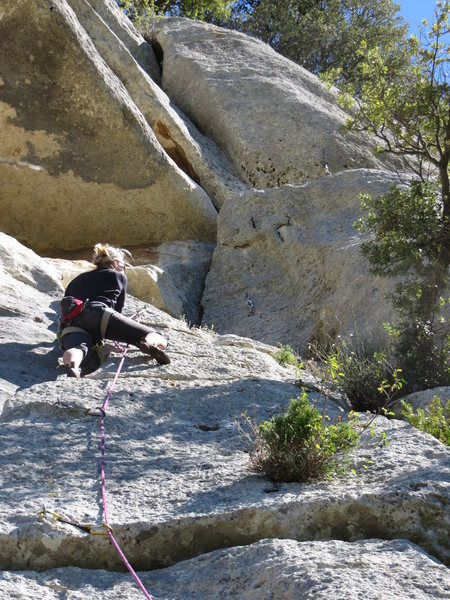 Rock Climbing Photo: Here you can see the anchor atop the ledge to the ...