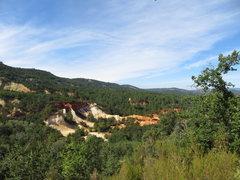 Rock Climbing Photo: The Ochre-lands Colorado de Rustrel, reached in ab...
