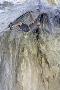 Rock Climbing Photo: Court yarding off the flake to lunge for the hole