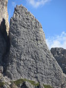 Rock Climbing Photo: Kleiner Falzaregoturm from the Alpini shelter abov...
