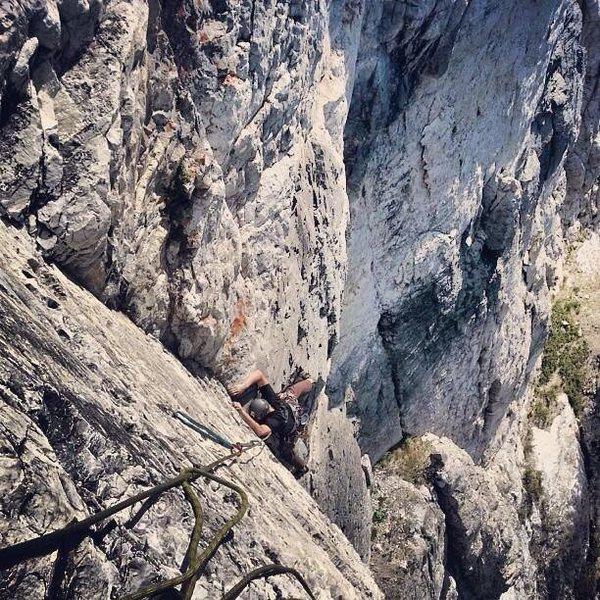 Early morning climb up Hellraiser LCC