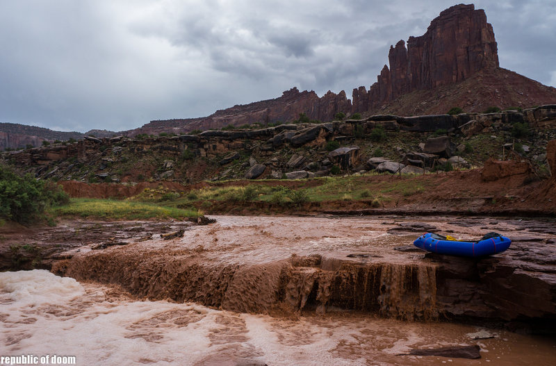 came for the climbing,stayed for the boating. alpacka raft and bridger jacks in the background.<br> 9/14/13 an hour after i took out we could hear the brunt of the flashflood ripping down indian creek from our campsite at the broken tooth wall.