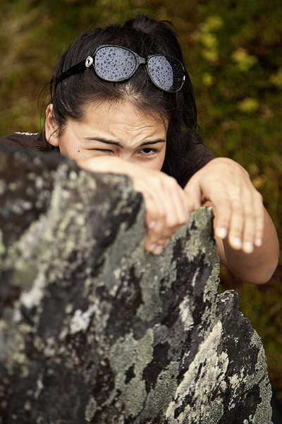 Rock Climbing Photo: Sandra pulls down on the knife-edge of Ridgeback o...