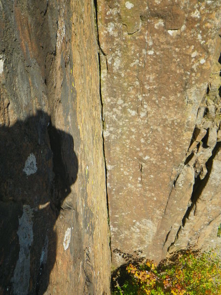 Rock Climbing Photo: Amazing second section of Downcast. Pic 1.  The br...