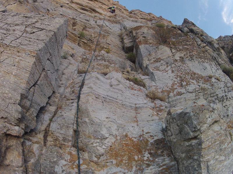 Rock Climbing Photo: Starting P1 of Clubs Full Of Jacks