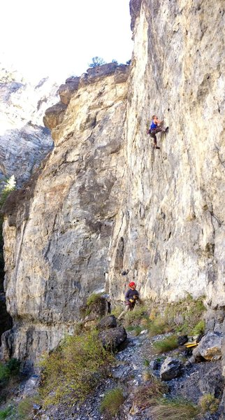 Rock Climbing Photo: Just below the crux on Oni.