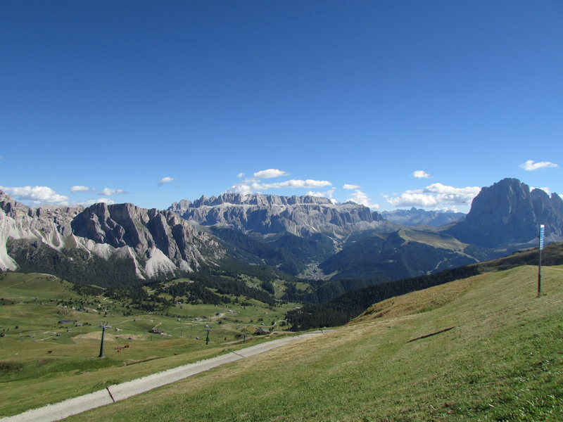 Looking towards the Stevia Plateau, near left, and Sella group in center-distance, from the Col Raiser area. Langkofel Group towards the right edge.