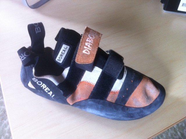 Rock Climbing Photo: The shoe I still have