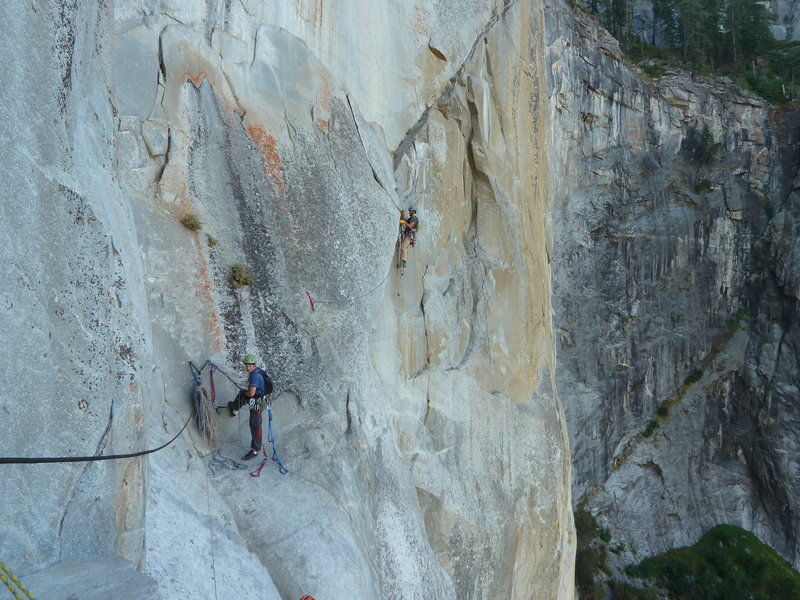 Said takes us off Ahwahnee Ledge on our 3-day (tried for 4) camping trip up Leaning Tower.