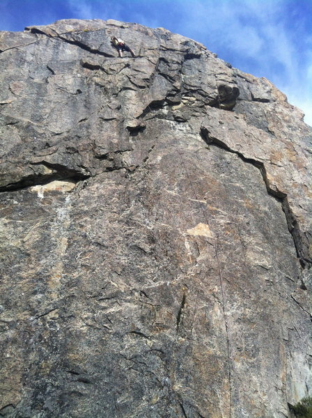 joel richnak topping out on pork chop 5 .9. boy scout wall, bowman valley, ca.