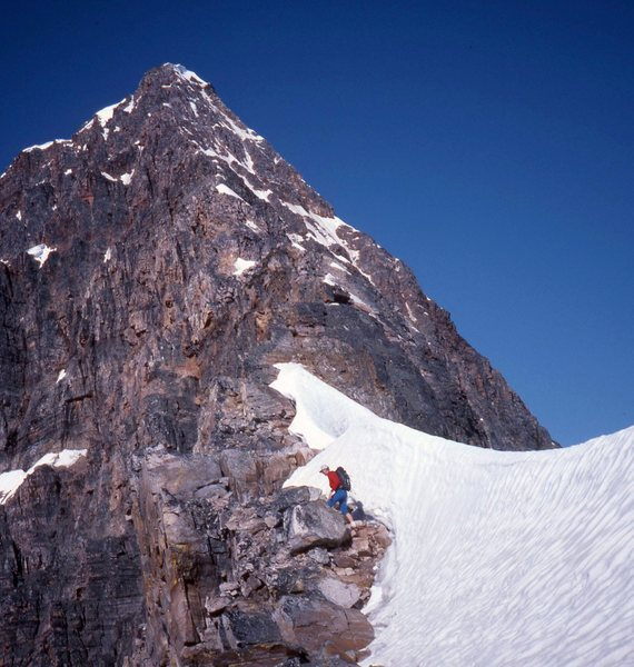 approaching the crux section of East Ridge