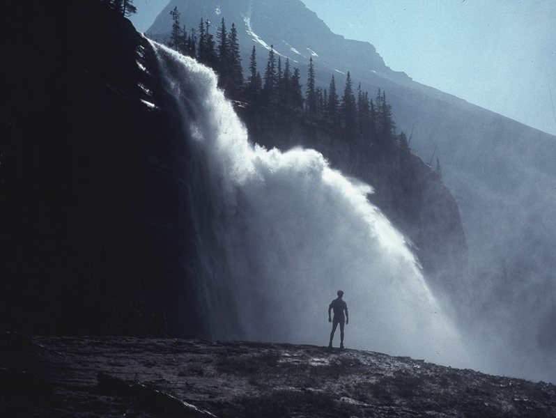 Emperor Falls on the approach hike to Berg Lake