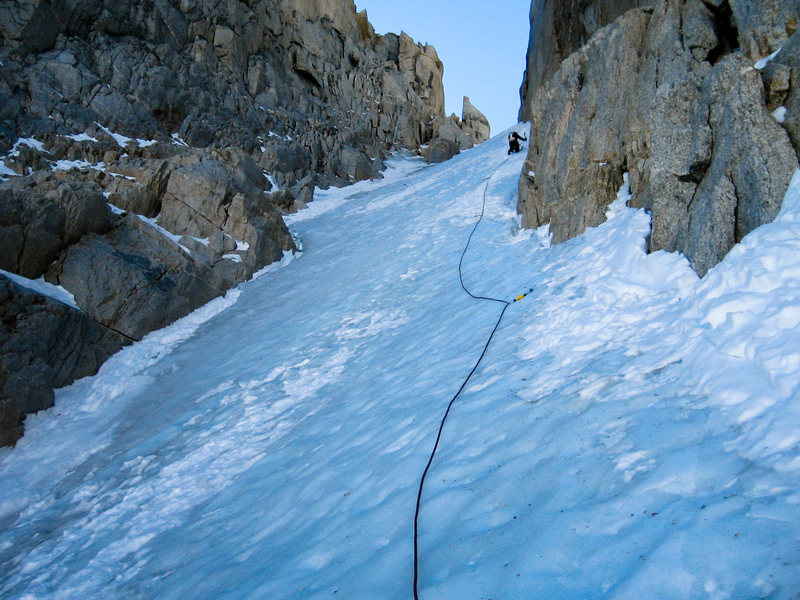 Oct 6, 2013, good ice, Jim leading our 2nd pitch after crossing the shrund