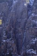 Rock Climbing Photo: Upper left gully is AH. The gully to the right is ...