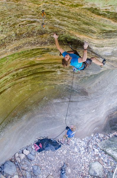 Rock Climbing Photo: Zak Romauld cranks on Lil' Red