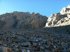 Rock Climbing Photo: Looking up easy talus field to start of climb.  Pi...