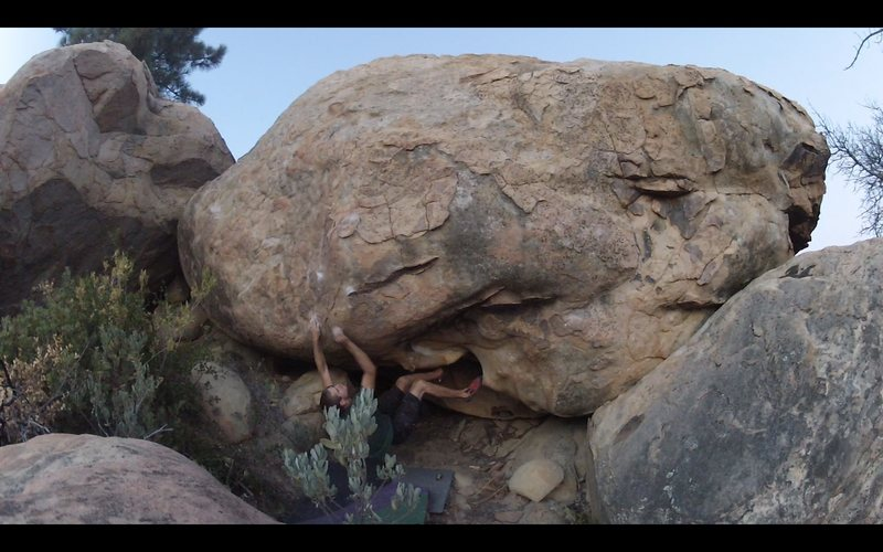 Rock Climbing Photo: Opening sequence to the Smaug Proj.