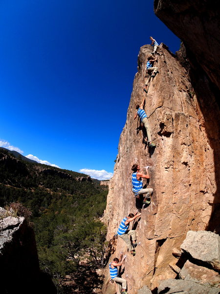 A free solo of the route by Matt Lloyd.