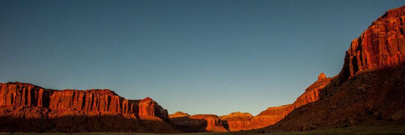 Sunset shot taken from the Beef Basin turnoff.